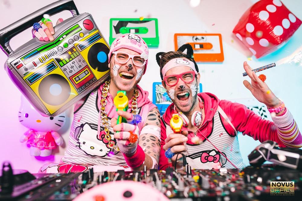 90er Party mit dem Mütze KATZE DJ TEAM